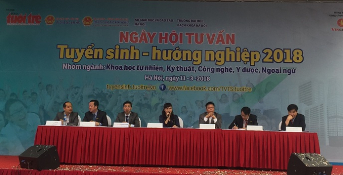 Ngày hội tuyển sinh - hướng nghiệp được tổ chức tại trường Đại học Bác Khoa.