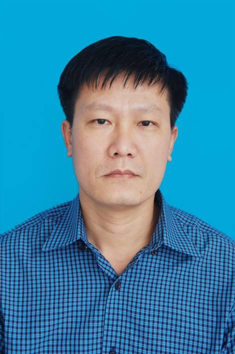 Ông Hùng bị tạm giữ với hành vi tống tiền doanh nghiệp trên địa bàn tỉnh Quảng Ninh.