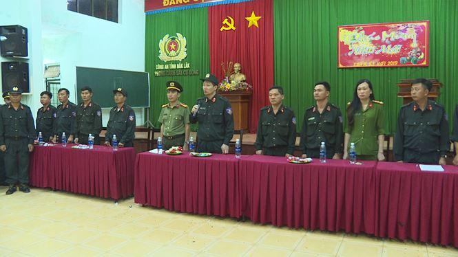 Lãnh đạo Công an tỉnh giao nhiệm vụ cho các cánh quân truy quét, ngăn ngừa tội phạm liên quan đến pháo nổ