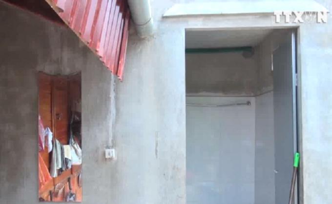 Nhà vệ sinh, nôi Luân đã ra tay tàn độc với chính con mình (ảnh TTX).