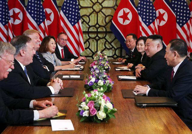 Phái đoàn Mỹ - Triều họp mở rộng tại Hà Nội. (Ảnh: Reuters).