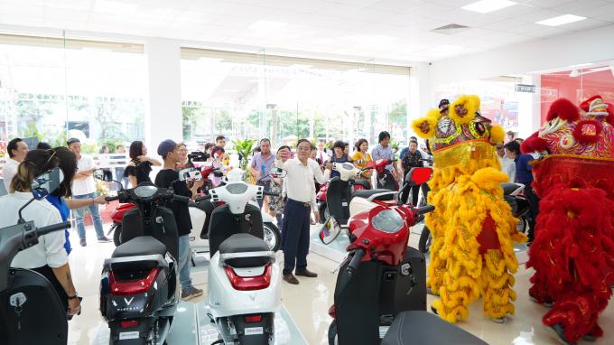 Mua xe máy điện Klara VinFast Vĩnh Thành được tặng từ 5 đến 10 triệu đồng.