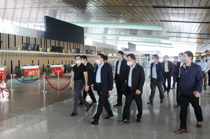 Bí thư Tỉnh uỷ Nguyễn Xuân Ký kiểm tra hoạt động phát triển kinh tế - xã hội đầu năm tại huyện Vân Đồn và chuẩn bị hoạt động trở lại của Cảng hàng không quốc tế Vân Đồn.