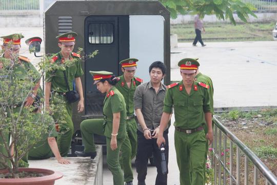 Bị cáoTia Nhật Tâm đã bị tuyên án 20 năm tù tại phiên tòa sơ thẩm