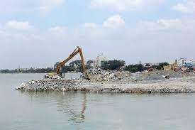 Một đoạn dự án lấp sông đang thi công vào năm 2015.