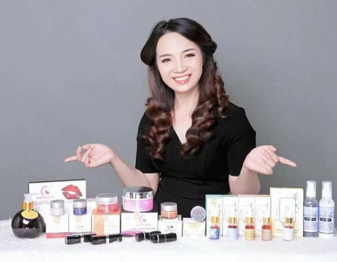 Thành công liên tiếp, Hồng Thương và cộng sự cùng nhau phát triển đa dạng sản phẩm thương hiệu Zozomoon.