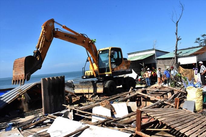 TP Vũng Tàu tổ chức cưỡng chế tháo dỡ các công trình lấn chiếm, dựng nhà trên đất do Nhà nước quản lý tại phường 11.