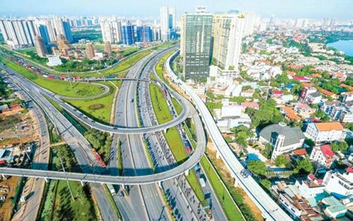 Lợi thế hạ tầng và tiện ích đồng bộ của khu Đông giúp BĐS khu vực này phát triển mạnh mẽ.