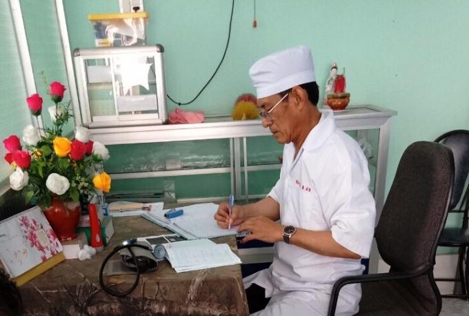 Bác sĩ Trịnh Sáng Lìl.
