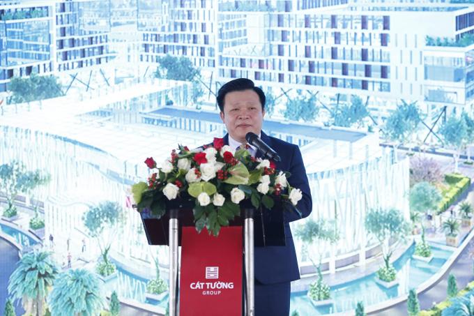 Ông Nguyễn Văn Tuấn - Phó Chủ tịch Thường trực HĐQT Tập đoàn Địa Ốc Cát Tường phát biểu tại buổi lễ.