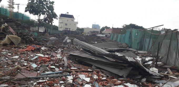 Khu đất tiếp giáp với công trình xây dựng nhà liền kề của Công ty Lê Thành, nơi xảy ra tranh chấp.