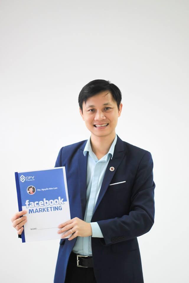 Thầy Nguyễn Hữu Lam sở hữu kênh Youtube với lượng kiến thức lớn và trở thành diễn giả thực thụ hàng đầu Việt Nam