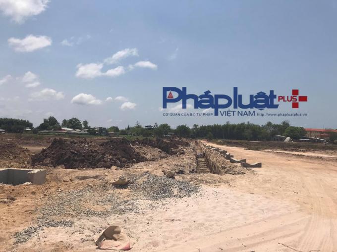 Một số sàn giao dịch BĐS khác như Tây Nam Group, HTland, Homelandsg, Khoiphatland, HDProland… cũng rầm rộ chào bán dự án Hồ Tràm Riverside.