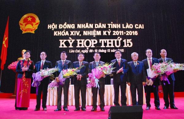 Lãnh đạo HĐND và UBND tỉnh Lào Cai mới được bầu bổ sung tại kỳ họp thứ 15 HĐND tỉnh (ảnh BLC).