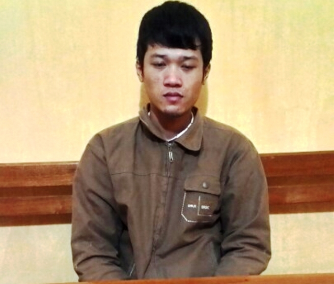 Hung thủ Nguyễn Xuân Lĩnh tại cơ quan điều tra.