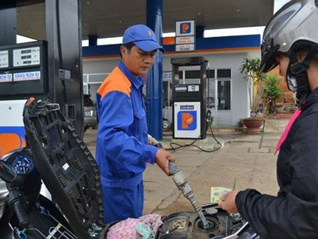 Theo đoàn thanh tra, có thời điểm Petrolimex không điều chỉnh tăng, giảm giá xăng, dầu theo đúng nghị định về kinh doanh xăng dầu.
