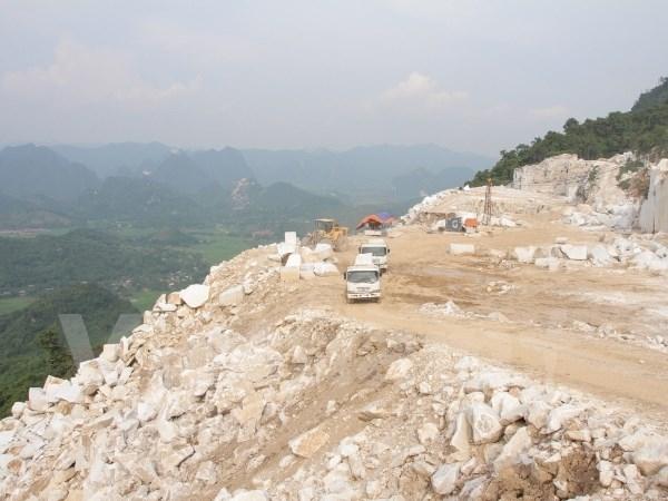 Mỏ đá Nà Khao – xã Yên Thắng – huyện Lục Yên của Công ty TNHH đá cẩm thạch R.K Việt Nam - Ảnh Hùng Võ.