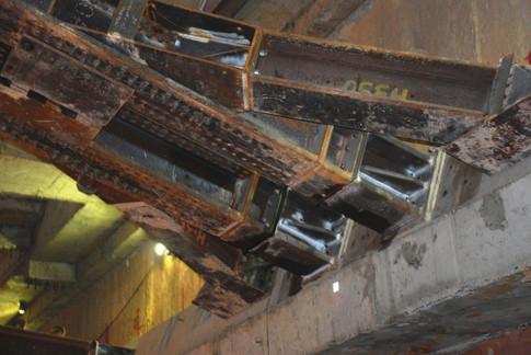 Cận cảnh ga Metro ngầm Bến Thành - Suối Tiên dưới lòng đất