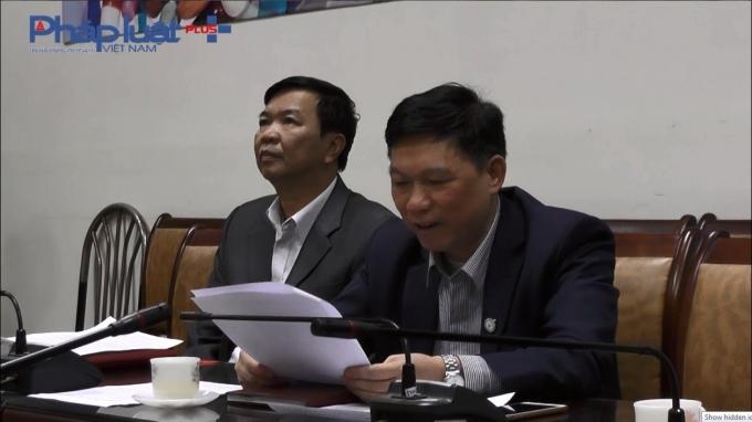Ông Trần Quý Tường - Phó cục trưởng Cục Quản lý khám, chữa bệnh (bên phải) trong buổi làm việc với Phapluatplus.vn.