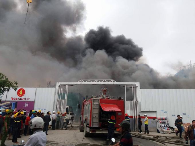 Vụ cháy xảy ra vào khoảng 13h30 ngày 7/4.