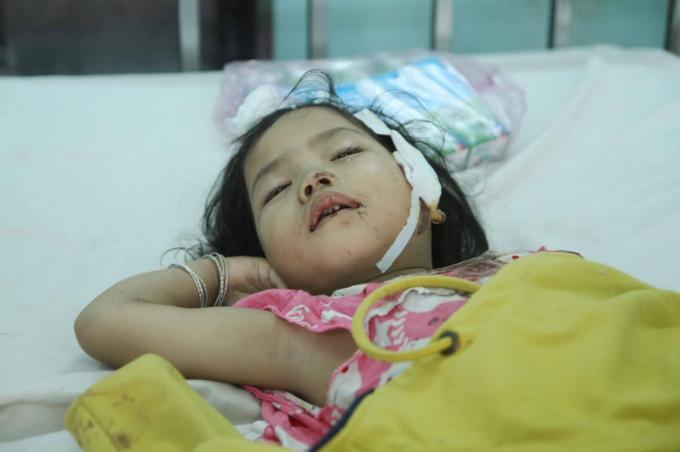 Cận cảnh hiện trường vụ tai nạn thảm khốc ở Gia Lai làm 10 người chết, nhiều người bị thương