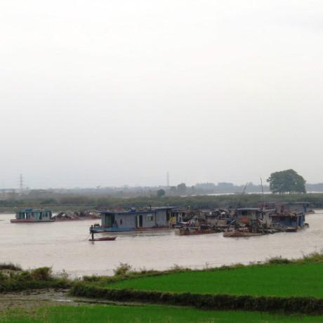 Quảng Ninh: Sạt lở bờ sông Cầm không liên quan đến nạo vét luồng lạch