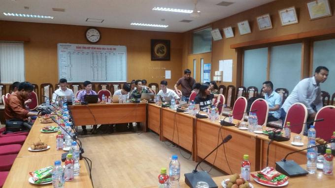 Khoảng 15-20 phút tới sẽ diễn ra buổi thông tin báo chí xung quanh vụ việc nhiều bệnh nhân tử vong sau khi chạy thận ở BV Đa khoa tỉnh Hòa Bình.