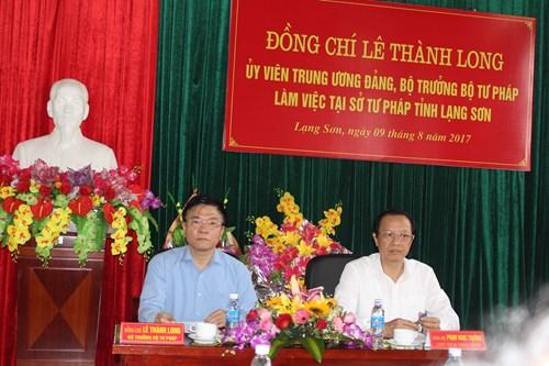 Bộ trưởng Lê Thành Long, Chủ tịch UBND tỉnh Phạm Ngọc Thưởng chủ trì buổi làm việc tại Sở Tư pháp Lạng Sơn