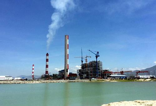 Vũng quay tàu trước nhà máy Vĩnh Tân 1. Ảnh Phước Tuấn/Vnexpress.net