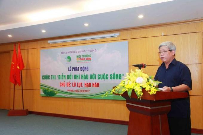 Ông Nguyễn Linh Ngọc - Thứ trưởng Bộ Tài nguyên và Môi trường phát biểu và chỉ đạo tại Lễ phát động cuộc thi