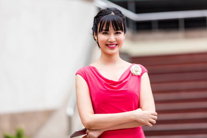 Hoa hậu Thu Thủy vẫn đẹp khi tuổi đã ngoài 40.