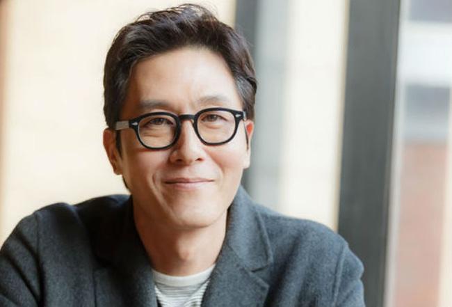 Tài tử điện ảnh Kim Joo Hyuk đã qua đời vì tai nạn giao thông.