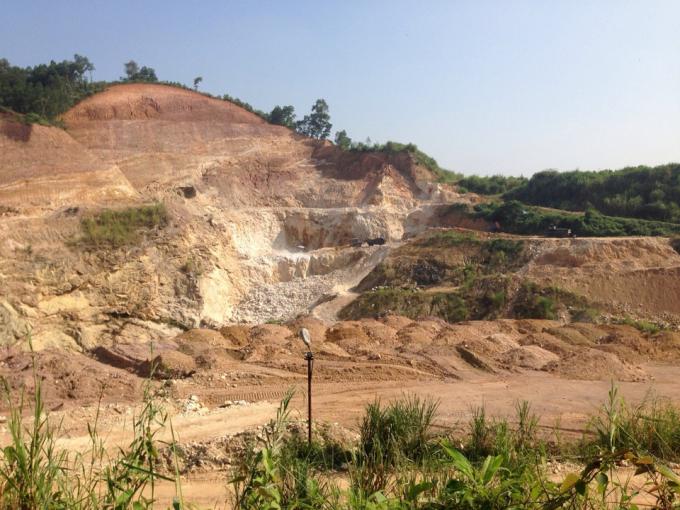 Mỏ Fenspat Phai Hạ
