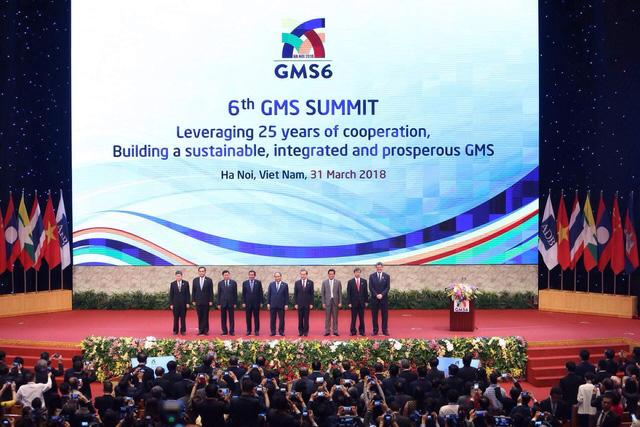 Người đứng đầu Chính phủ và Trưởng đoàn của các nước Tiểu vùng Mekong mở rộng tại Hội nghị (ảnh: Hữu Nghị)