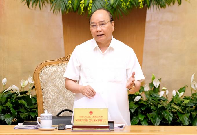 Thủ tướng yêu cầu các bộ, ngành, cơ quan chức năng tập trung cho công tác xây dựng thể chế. Ảnh: VGP/Quang Hiếu