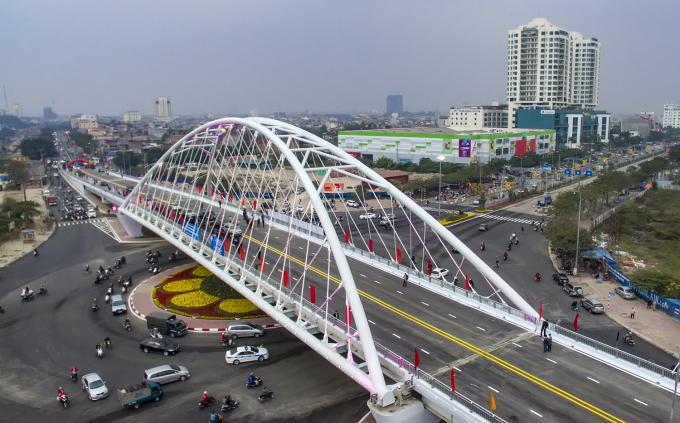Công trình cầu vượt và nút giao thông khác mức Nguyễn Bỉnh Khiêm có tổng mức đầu tư 953 tỷ đồng được đưa vào sử dụng sau 9 tháng thi công.