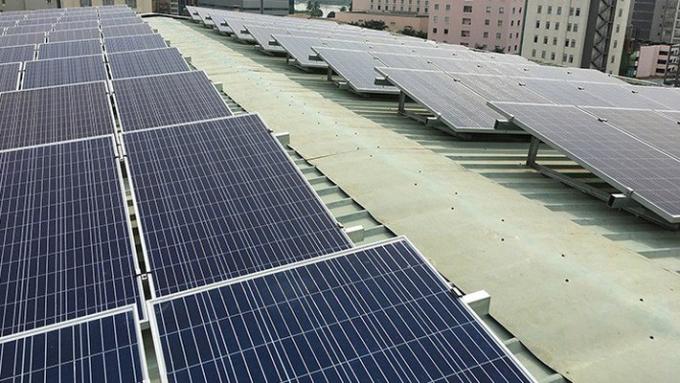 Tính đến tháng 6/2018, đã có 100 dự án điện mặt trời được bổ sung vào quy hoạch cấp điện tỉnh/quốc gia với tổng công suất đăng ký là 4,7GW vào năm 2020 và 1.770GW những năm sau đó.