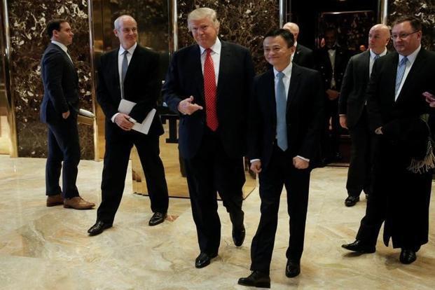 Jack Ma gặp Tổng thống đắc cử của Mỹ Donald Trump tại cao ốc Trump Tower ở New York, Mỹ, tháng 1/2017 - Ảnh: Reuters.