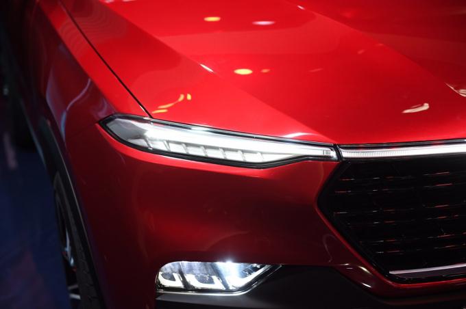 Hai mẫu xe của VinFast đã chính thức lên sân khấu, và đúng như dự đoán, đó là những siêu phẩm tuyệt đẹp.