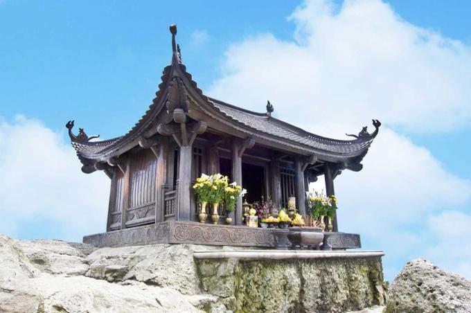 Chùa Đồng trên đỉnh thiêng Yên Tử.