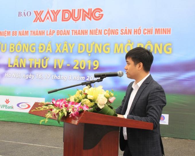 Ông Nguyễn Sơn Tùng - Phó Tổng Biên tập Báo Xây dựng phát biểu bế mạc.