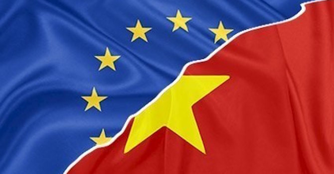 europe-and-vietnamese-flag_vtcc