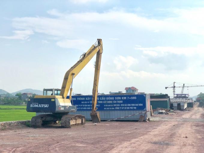 Dự án BT cầu Đồng Sơn do Công ty TNHH Xây dựng Tân Thịnh thực hiện dự án. Ảnh Kim Thoa.