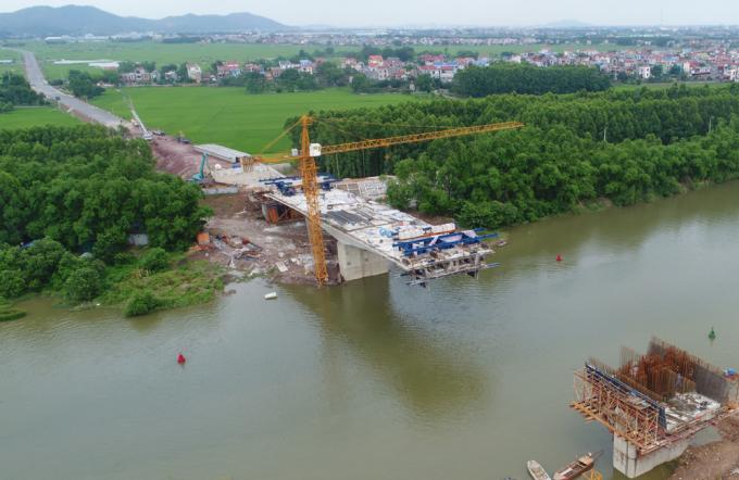 Cầu Đồng Sơn. Ảnh Việt Hưng - tháng 8/2018.
