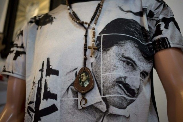 Joaquin El Chapo Guzman, kẻ đứng đầu băng đảng ma túy khét tiếng Sinaloa, Mexico, từng lọt vào danh sách tỷ phú thế giới từ năm 2009 đến năm 2012 do tạp chí danh tiếngForbesbình chọn. Cũng theoForbes, năm 2013, y đứng thứ 67 trong số những nhân vật quyền lực nhất thế giới. Ảnh:AP
