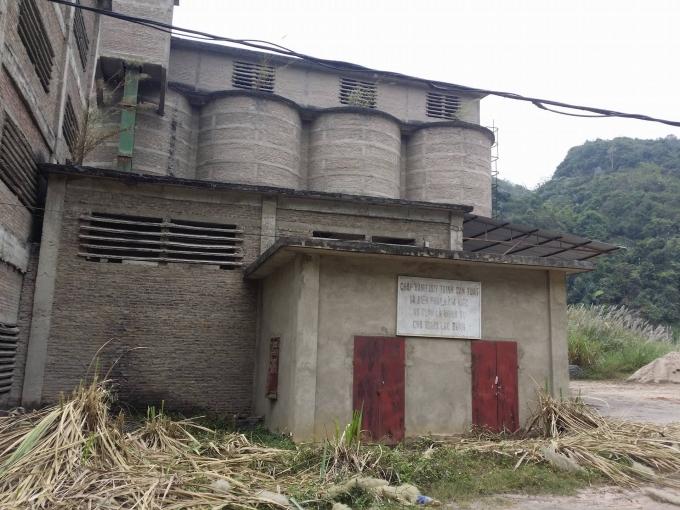 Cận cảnh nhà máy xi măng Bắc Kạn, hiện nhà máy này đã ngừng hoạt động.