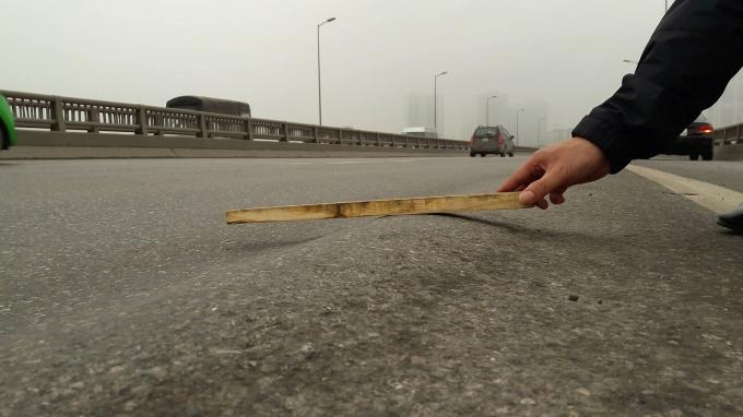 Công trình xuống cấp đặc biệt nghiêm trọng, đơn vị quản lí tuyến đường có thờ ơ, coi thường tính mạng người tham gia giao thông?