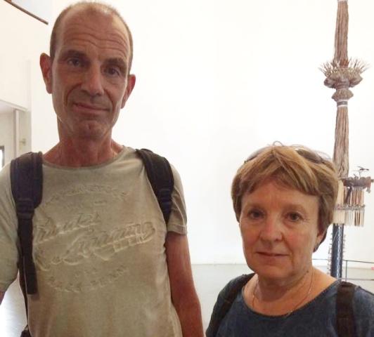 Cặp vợ chống khách tây bị lái xe taxi hãng Đại Hòa Phát