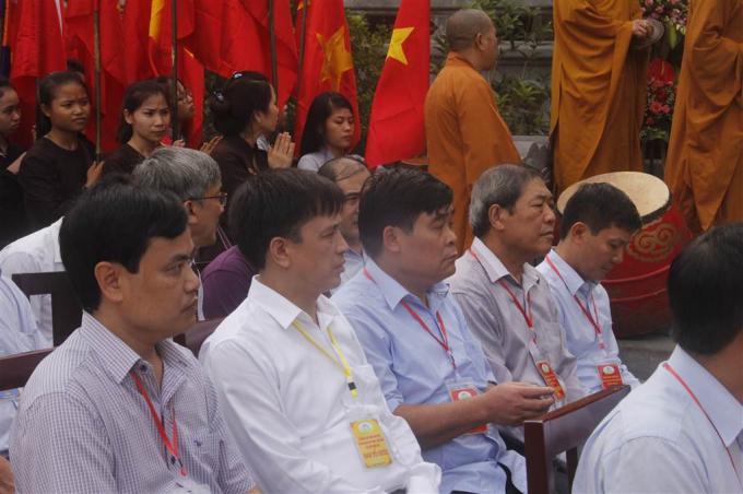 Các đại biểu, lãnh đạo huyện Trùng Khánh.