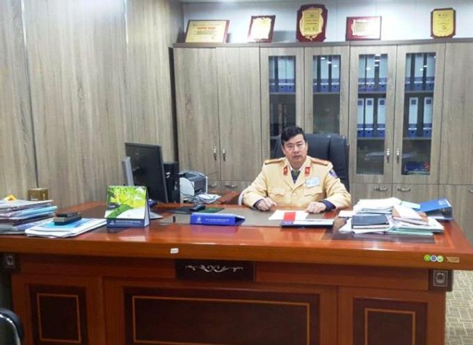 Trung tá Nông Công Hòa, Phó Đội trưởng đội Cảnh sát giao thông và trật tự - cơ động, Công an Thành phố Cao Bằng.